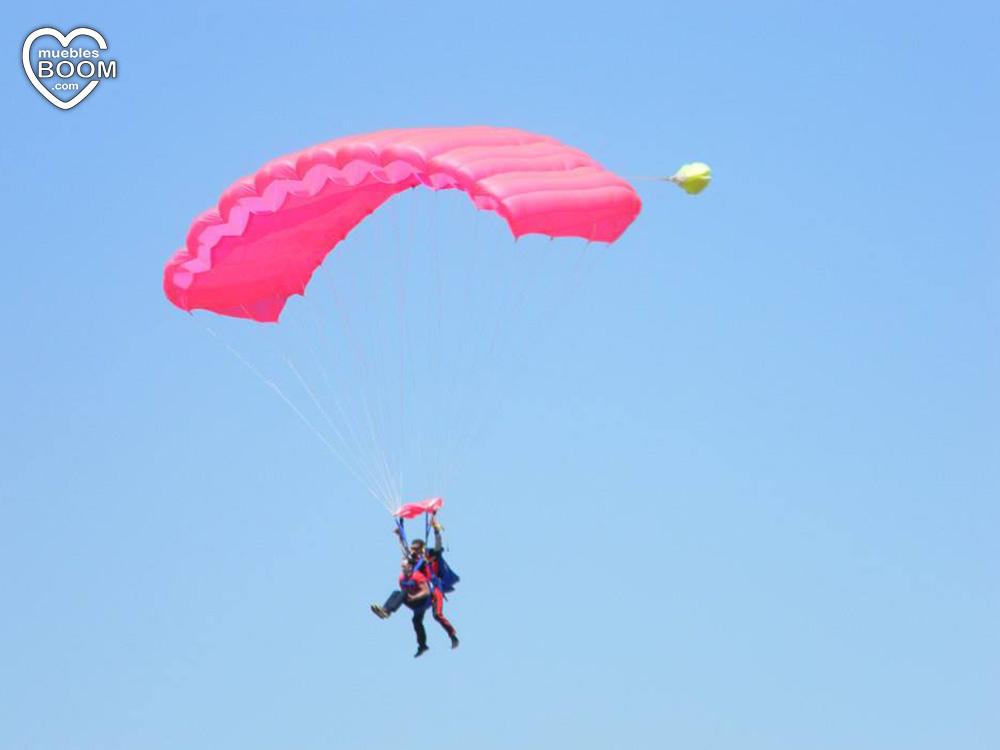 Descendiendo en paracaídas