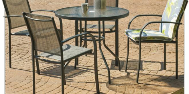 Muebles que no pueden faltar en tu jardín